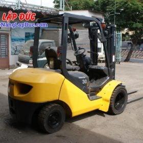 Xe nâng dầu KOMATSU 3 tấn FD30T-17 giá rẻ