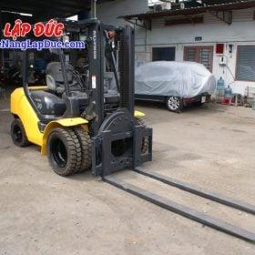 Xe nâng động cơ dầu 3 tấn KOMATSU FD30T-17 giá rẻ