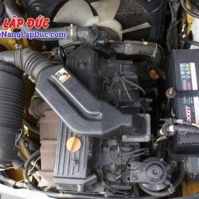 Xe nâng 3 tấn máy dầu KOMATSU FD30T-17 giá rẻ