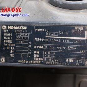 Xe nâng KOMATSU 3 tấn dầu FD30T-17 giá rẻ