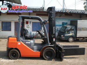 Xe nâng dầu TOYOTA 02-8FD25