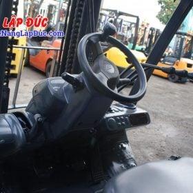 Xe nâng KOMATSU 3 tấn dầu FD30NT-16 giá rẻ