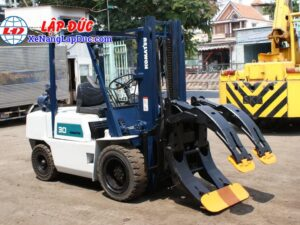 Xe nâng dầu cũ KOMATSU 3 tấn FD30-10 #23197 giá rẻ