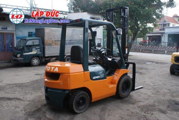 Xe Nâng Dầu TOYOTA 2.5 tấn 7FD25 # 16189 4