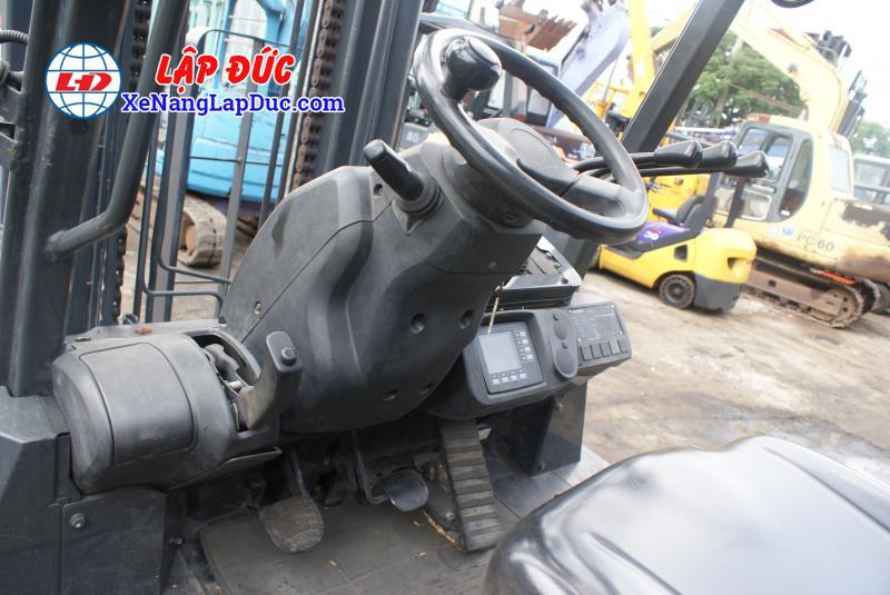 Xe Nâng Hàng 7 tấn KOMATSU máy dầu FH70-1 # 50050 1