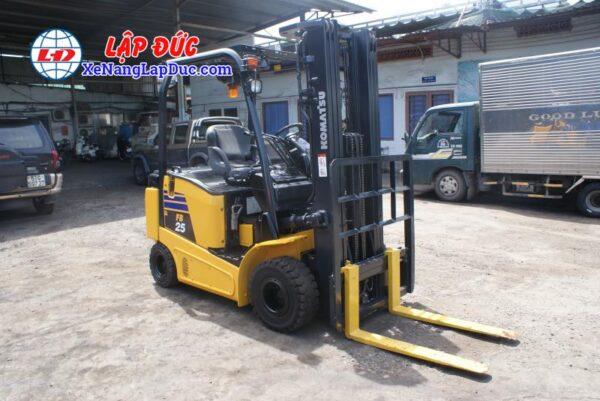 Xe nâng điện 1.5 tấn - 2.5 tấn cũ hiệu KOMATSU 8