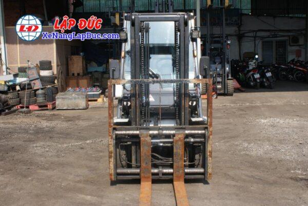 Xe Nâng Dầu 3 tấn UNICARRIERS FD30T5 # 00186 6