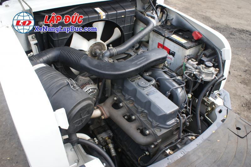 Xe nâng dầu 2.5 tấn UNI CARRIERS FD25T14 # 3A530270 31