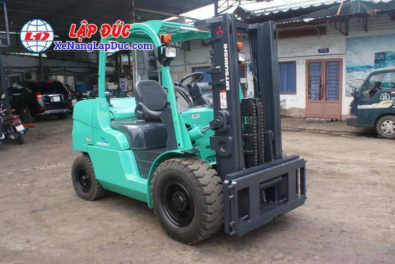 Xe Nâng Dầu MITSUBISHI 4.5 tấn FD45NT # 3A530270