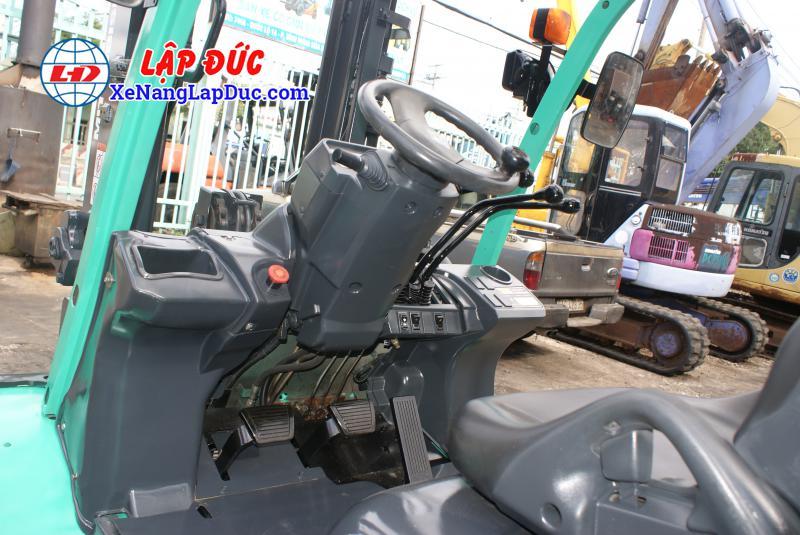 Xe Nâng Dầu MITSUBISHI 4.5 tấn FD45NT # 3A530270 5