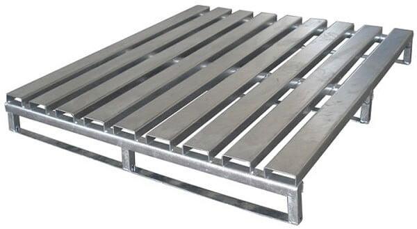 Pallet gỗ, Pallet nhựa, Pallet sắt, Pallet giấy. Các loại pallet phổ biến trong kho hàng 5
