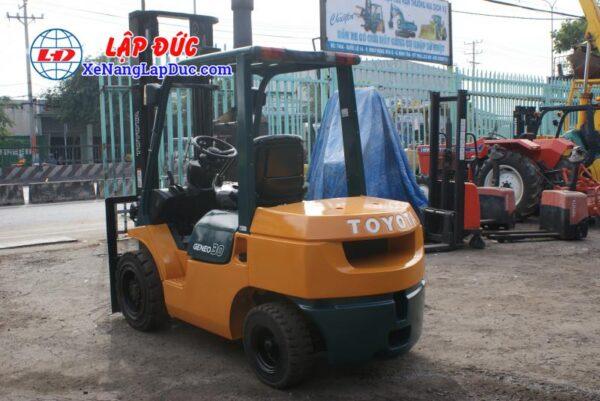 Xe Nâng Dầu TOYOTA 7FD30 9