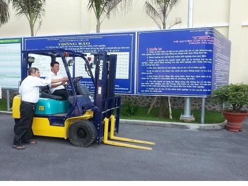 Các trung tâm dạy lái xe nâng tại Bình Dương 1
