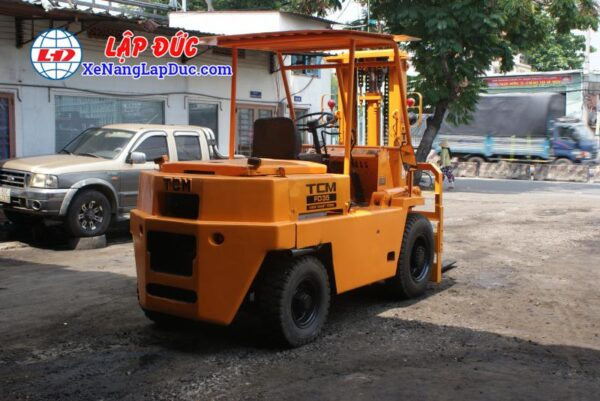Xe Nâng Dầu 3500kg TCM FD35 2