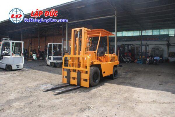 Xe Nâng Dầu 3500kg TCM FD35 5