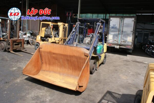 Xe Xúc Nâng Máy Dầu KOMATSU SD15-5 5