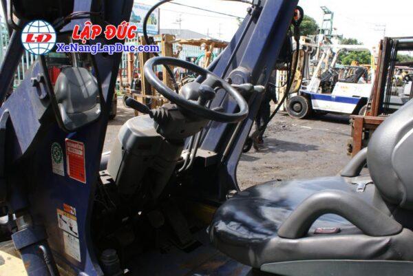 Xe Xúc Nâng Máy Dầu KOMATSU SD15-5 6