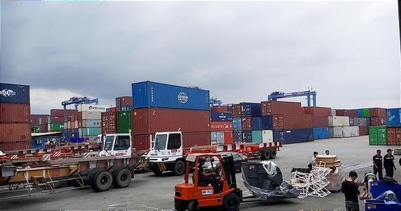 Lượng hàng tồn tăng quá nhiều, cảng Cái lái ngưng nhận hàng 2